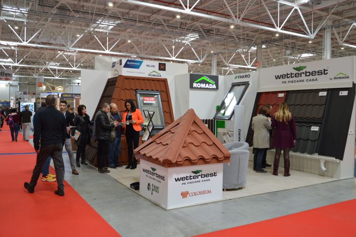 Construct Ambient Expo- vizitatori
